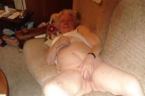 photos of nude older ladies jpg 1600x1064