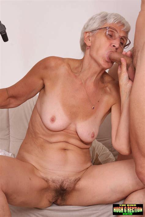mature women haing sex jpg 2592x3888